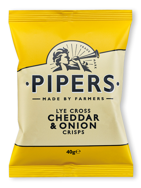 Pipers Lye Cross Cheddar & Onion 24x40g
